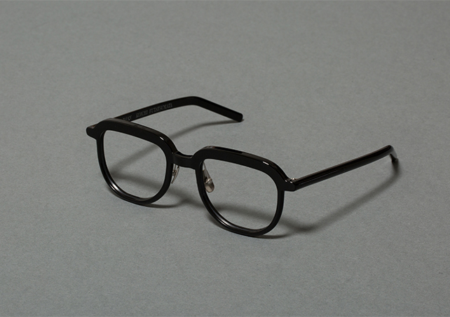 Glasses_C_03b