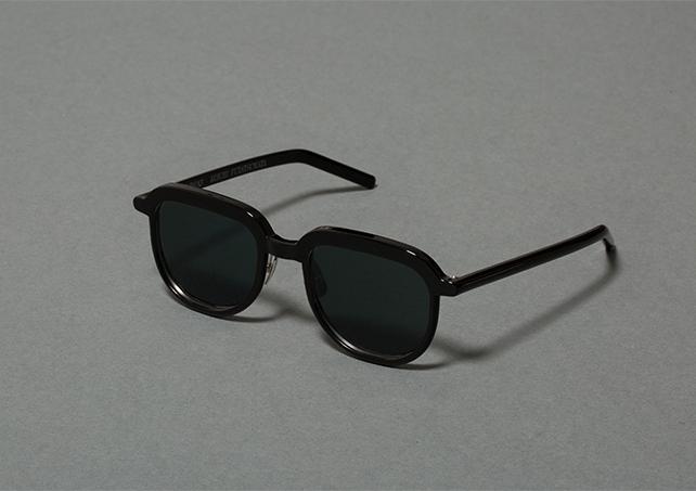 Glasses_C_04b