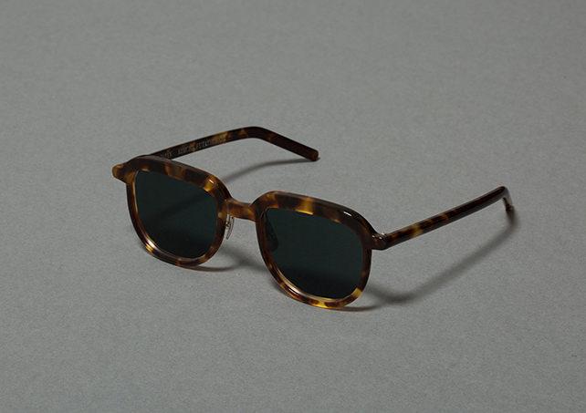 6Glasses_A_04